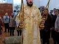 Божественная литургия. Осенение трикирием и дикирием.