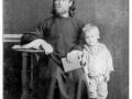 1-Священник-Владимир-Юшков,-с-сыном-Серафимом